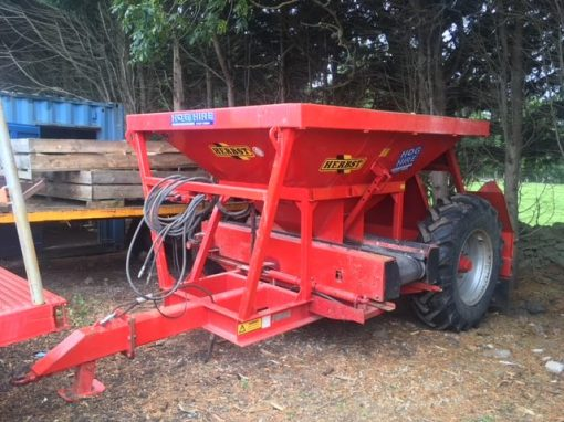 Herbst 8 Ton Gravel Trailer for hire