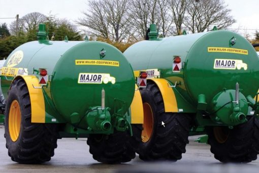 Major 2500 Gallon Water Tanker For Hire